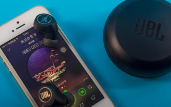 JEET AIR對比JBL FREE,藍芽耳機選噱頭還是看得見的價效比? - ITW01